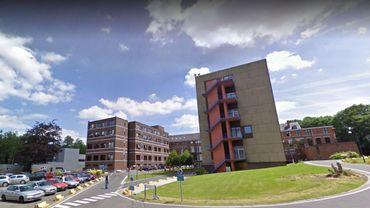 Incendie à l'hôpital de Warquignies (Mons), l'évacuation est en cours