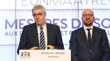La FEB, représentée ici par Pieter Timmermans, a lancé un appel au gouvernement de Charles Michel pour faire encore plus d'économies dans les services publics déjà beaucoup mis à contribution depuis la crise bancaire de 2008-2009.