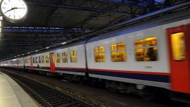 Illustration: train à la gare du Midi