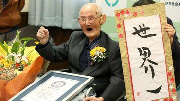 Photo fournie par Jiji Press le 12 février 2020, du Japonais de 112 ans, nouveau doyen de l'humanité désigné par le Guinness des records