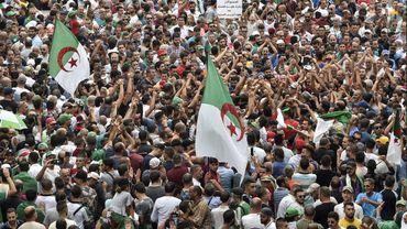 Un ancien ministre, 1er candidat en lice pour la présidentielle algérienne du 12 décembre