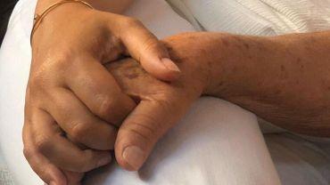 """Personnes âgées et confinement: """"Mourir de solitude"""""""