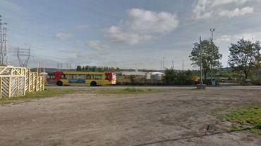 Le terminus de la ligne 17, une zone improbable et quasi déserte