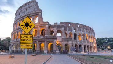 En attendant le pass sanitaire européen, les pays touristiques s'organisent