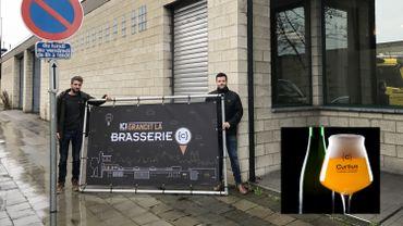 """Pour s'étendre, les deux jeunes brasseurs, Renaud Pirotte et François Dethier, ont choisi l'ancien bâtiment du constructeur de vélos """"Diamond"""""""