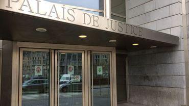 Il avait jeté son fils par la fenêtre du premier étage à Grâce-Hollogne: peine de probation pour gérer sa violence