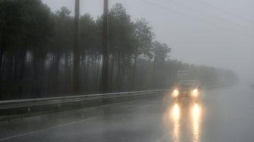Des vents violents vont souffler dans 16 départements des Pyrénées, du Massif central et jusqu'à la Bourgogne, avec des rafales pouvant atteindre 200 kilomètres/heure en haute montagne