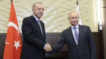 Le président russe Vladimir Poutine avec son homologue russe Recep Tayyip Erdogan