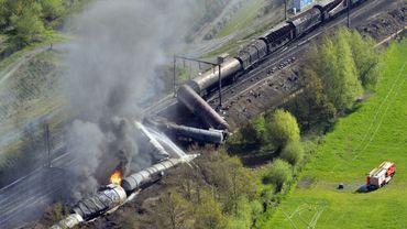 Accident d'un train de marchandises à Schellebelle: une erreur humaine ?