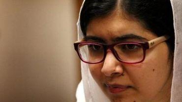 Au Nigeria, Malala rencontre des lycéennes de Chibok