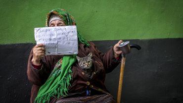 Moscou 2017: une femme demande l'aumône dans la rue