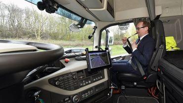 Un convoi de camions intelligents : le Platooning Challenge