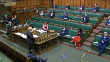 Brexit: les députés britanniques donnent leur approbation initiale au texte controversé de Johnson