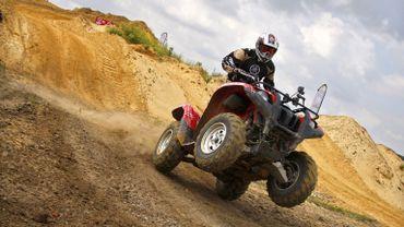 Au départ, les quads ont été conçus pour les terrains non praticables, pas pour les routes.
