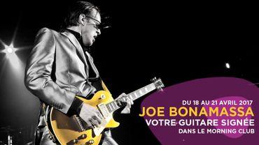 Une guitare signée par Joe Bonamassa