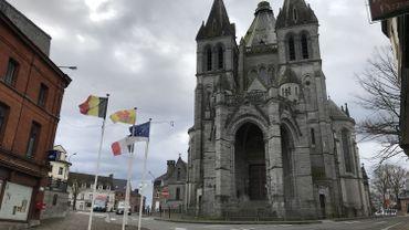 Péruwelz: la Basilique de Bon-Secours partiellement fermée, une pierre est tombée dans la nef