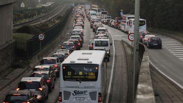 Bruxelles et ses interminables embouteillages.