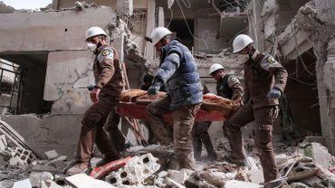 Les casques blancs sont une organisation de secouristes dans le nord-ouest de la Syrie en guerre.