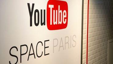 """La chaîne Youtube """"Bons Profs"""" propose par exemple de courtes vidéos gratuites avec publicité, balayant le programme des séries générales"""
