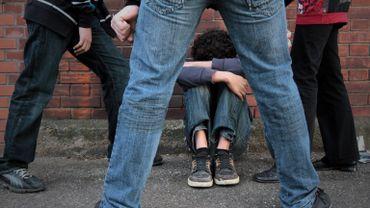 Un pédopsychiatre conseille d'utiliser la violence entre enfants