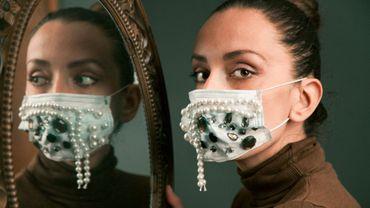 Les masques et les combinaisons parmi les pièces mode stars de l'année 2020.