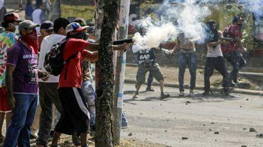 Affrontements entre étudiants et la police antiémeure à Managua, le 21 avril 2018