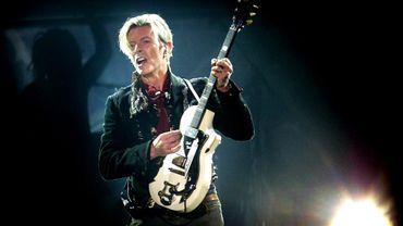 David Bowie en concert à Copenhague en 2003