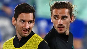 """""""Je n'ai jamais vu aucun problème"""" entre Lionel Messi et Antoine Griezmann, a soutenu vendredi l'entraîneur du FC Barcelone Ronald Koeman, alors que les rumeurs de mésentente entre les deux joueurs agitent les esprits en Catalogne."""
