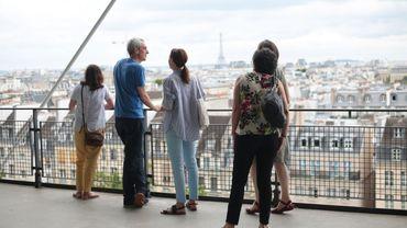 Airbnb propose de découvrir le Centre Pompidou à travers des visites privées pour six personnes.