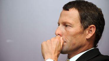 Armstrong demande un non-lieu dans une plainte du gouvernement