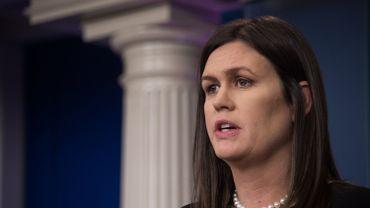 Fusillade dans les écoles: l'émotion de la porte-parole de la Maison Blanche