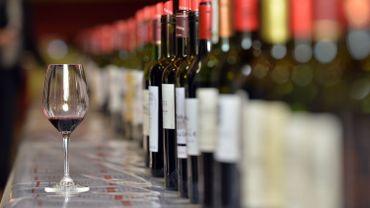 """Un millésime 2016 """"exceptionnel"""": interrogations sur les prix des vins en primeurs bordelais"""