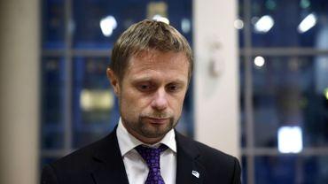 """Ce projet de loi est """"historique parce qu'il échoit désormais à la personne et non aux services de santé de dire quand il ou elle a changé de genre"""", a souligné le ministre norvégien de la Santé Bent Hoie."""
