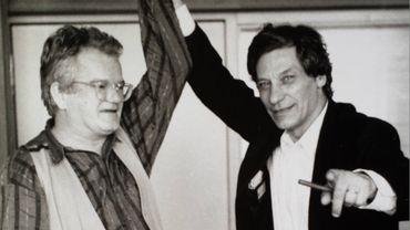Jean-Pierre Van Tieghem dans les studios de la RTBF en compagnie de Jan Hoet, en juin 1992, juste avant la documenta IX, dont Jan Hoet était le commissaire