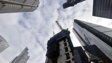 Des gratte-ciel dans un quartier de Londres