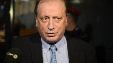 """Conseil communal d'Andenne - Eerdekens refuse le retrait du règlement """"mendicité"""", jugé """"illégal"""" par le fédéral"""