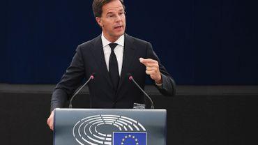 """Mark Rutte devant le Parlement européen: """"l'Union doit promettre moins et apporter plus"""""""