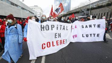 Manifestants dans les rues de Bruxelles le 28 janvier 2020.