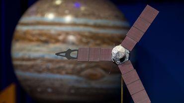 Photo de la Nasa montrant la sonde Juno, le 4 juillet 2016, avant sa mise sur orbite autour de Jupiter.