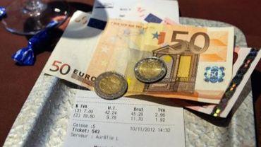 Il sera bientôt possible de payer sa note de resto en euros à Riga