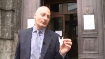 Un chômeur payé pour faire la file, dérive de la bureaucratie en Italie