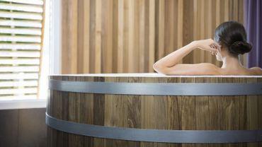 Les Sources de Caudalie proposent un bain à la vigne rouge ou au marc de raisin