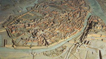 Plan relief de Namur de 1750.