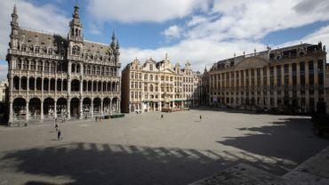 Grand'Place de Bruxelles, ensoleillée et pourtant presque vide, ce 30 mars 2020