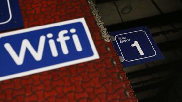 Voici les 27 gares où vous pourrez (bientôt) surfer sur internet en Wifi