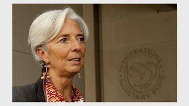 Christine Lagarde devant le siège du FMI, le 23 juin 2011 à Washington