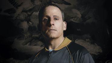 """Steve Carell dans le rôle de John du Pont sur l'une des affiches de """"Foxcatcher"""""""