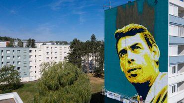 Street art: un portrait géant de Jacques Brel observe désormais Vesoul