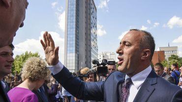 Cette nomination doit désormais être avalisée par le parlement kosovar, mais Ramush Haradinaaj semble désormais y bénéficier d'une majorité après le ralliement d'un petit parti.