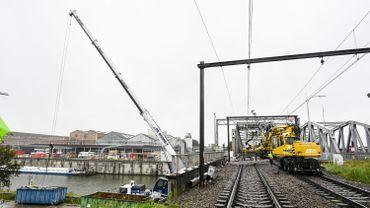 Travaux au pont ferroviaire Jan Bogaerts